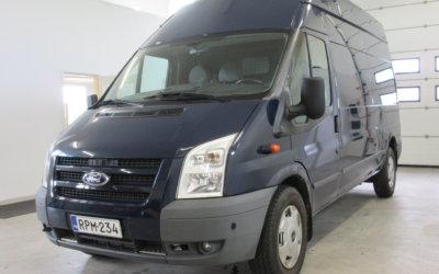 Pakettiauto Ford Transit Pitkä-Korkea alkaen 29€/3h tai 79€/vrk. Talvitarjous 159€ pe-ma!