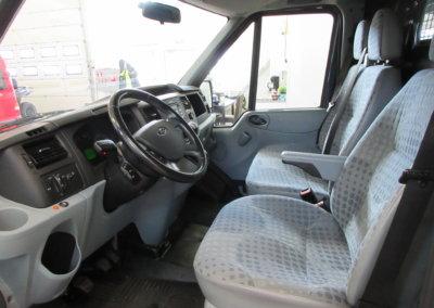 ford-transit-pakettiauto04
