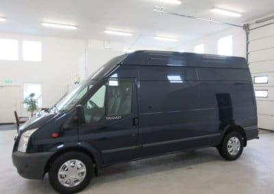 ford-transit-pakettiauto01